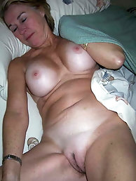 Ultra-sexy old female is masturbating herself